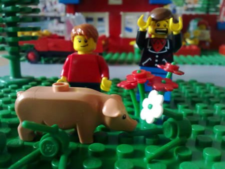 Lego pig with Justin Trouble